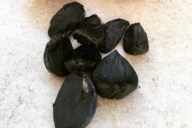 Siyah Sarımsak