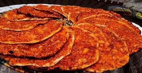 Hatay Yöresel Tandır Biberli Ekmek (Bol Acılı) 5 Adet